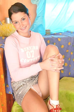 Teen Upskirt Porn Pictures