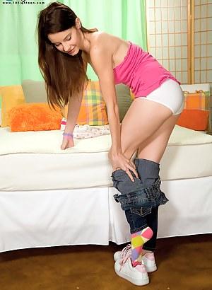 Teen Socks Porn Pictures
